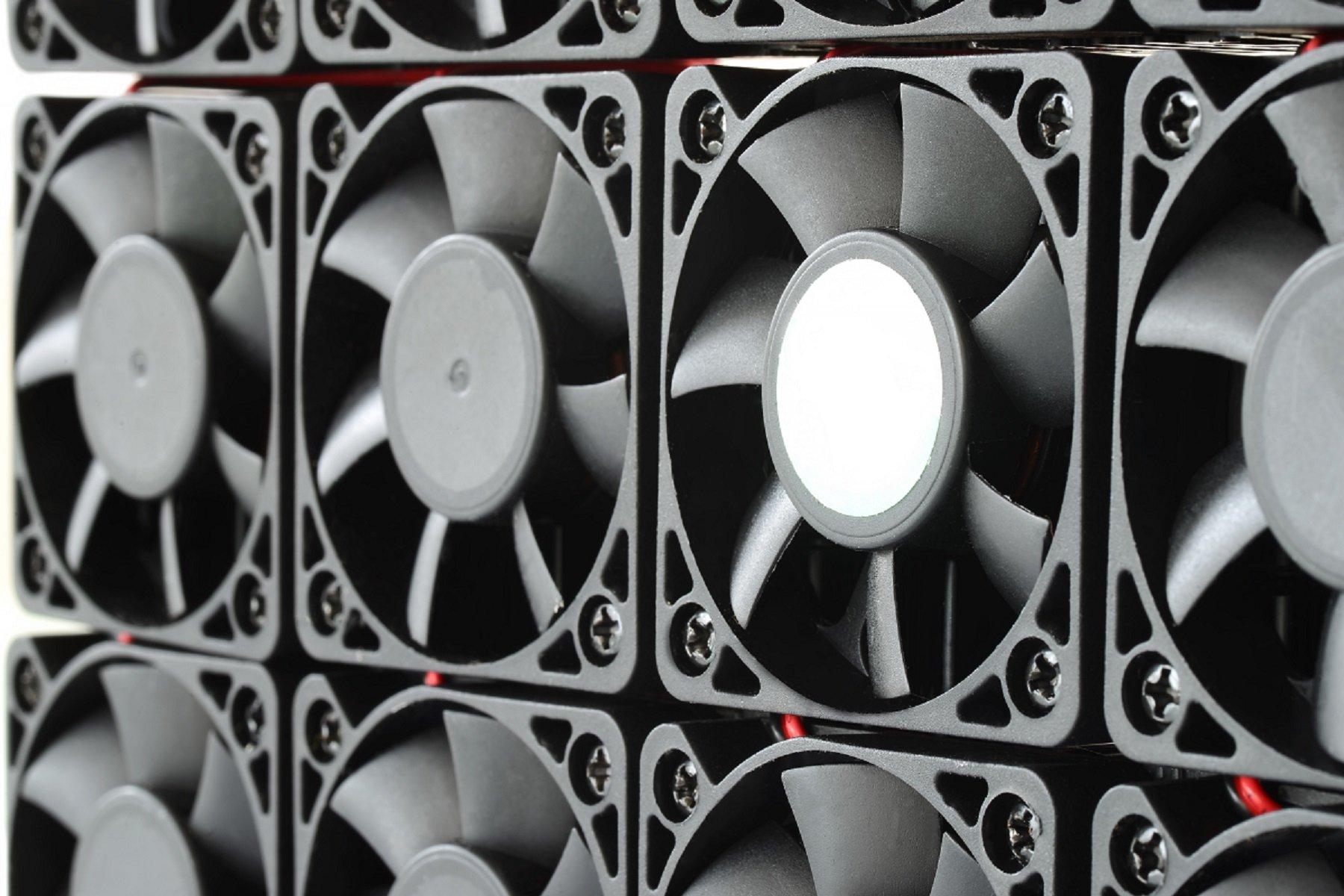 Injection moulded fan